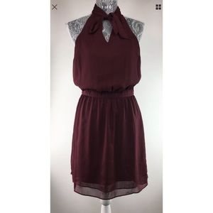 Banana Republic  2 Burgundy Dress Bow Neckline